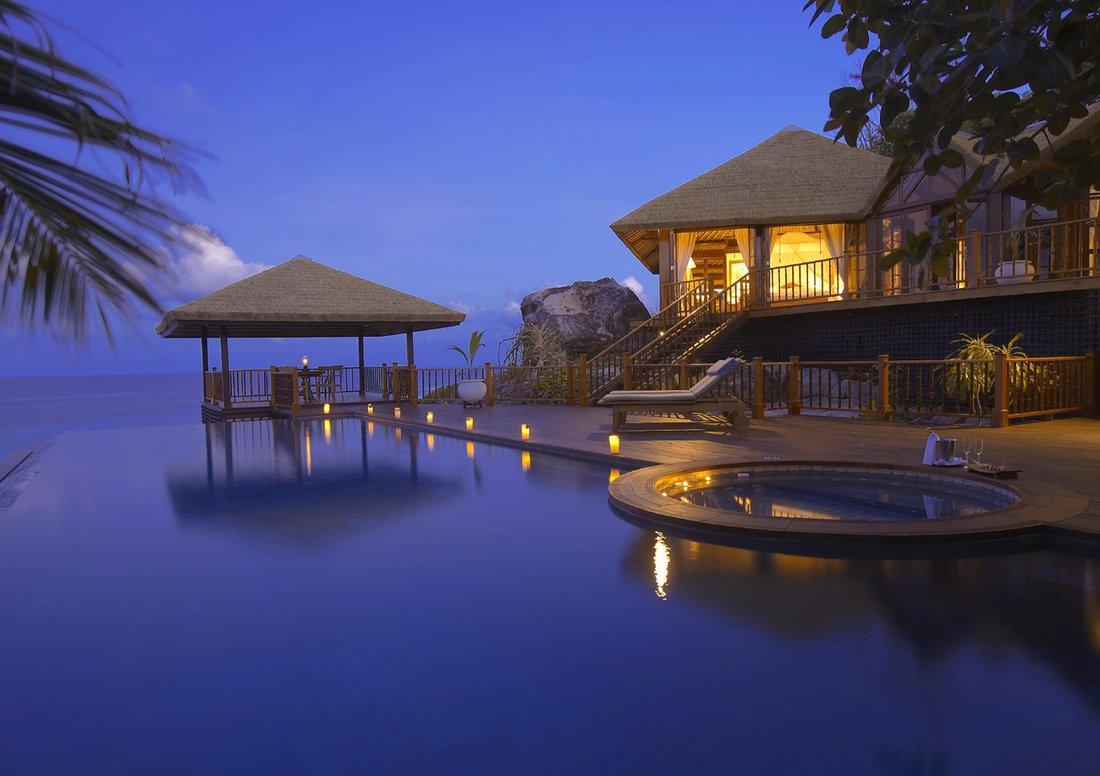 Die insel frégate island private auf den seychellen ist ein traum aus luxus und palmen